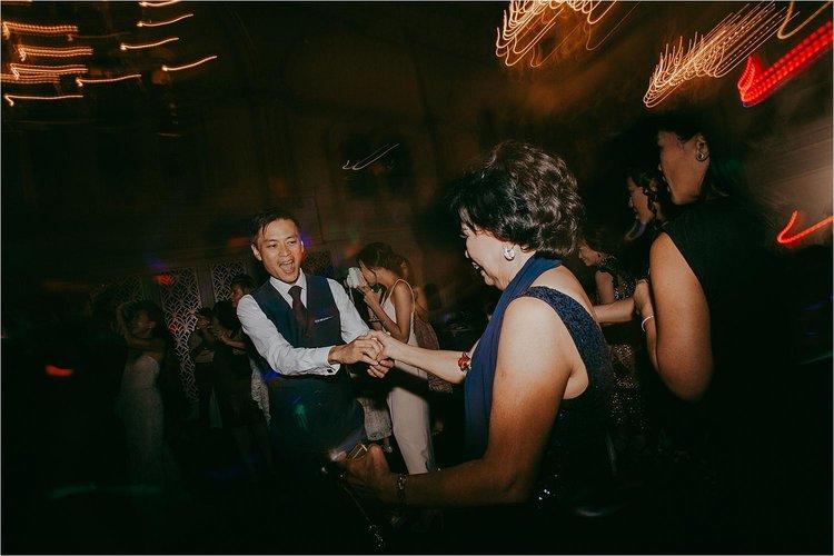 Lien-&-Michael-Sydney-CBD-Wedding-Carmen-Glenn-Photography-126